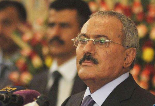 萨利赫也门前总统被杀是真的吗?